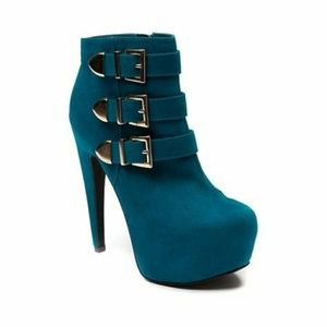 Teal booties by Shi